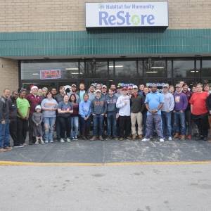 EKU marketing students and volunteers at the Habitat for Humanity Relay